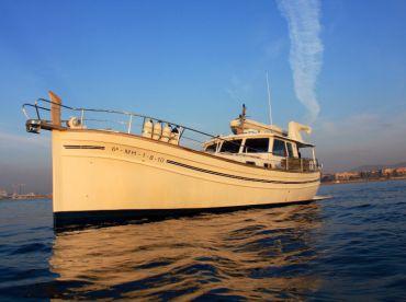 Menorquin Boat - Charter Inad Tours, Sant Adrià De Besòs