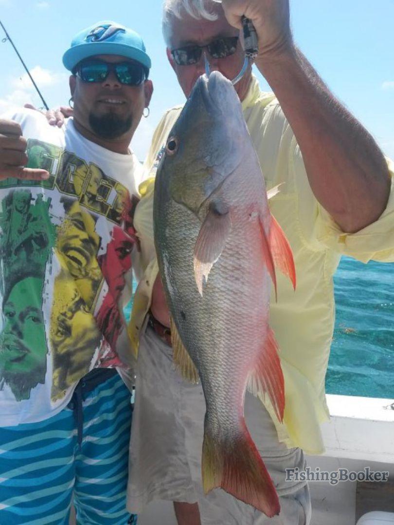 Uprising tours fishing san pedro belize for Fishing san pedro belize
