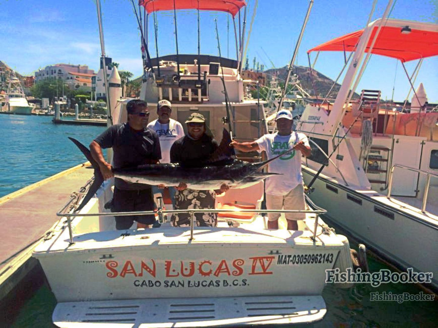 Solmar vi sportfishing 28 ft boat cabo san lucas mexico for Cabo fishing charters