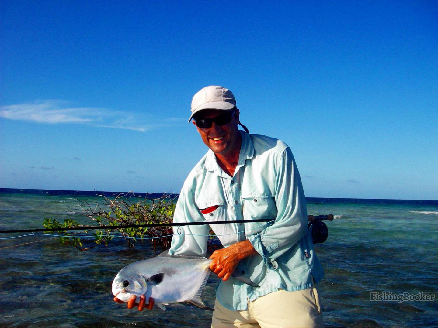 Lil bit whipray caye lodge placencia belize for Belize fishing charters
