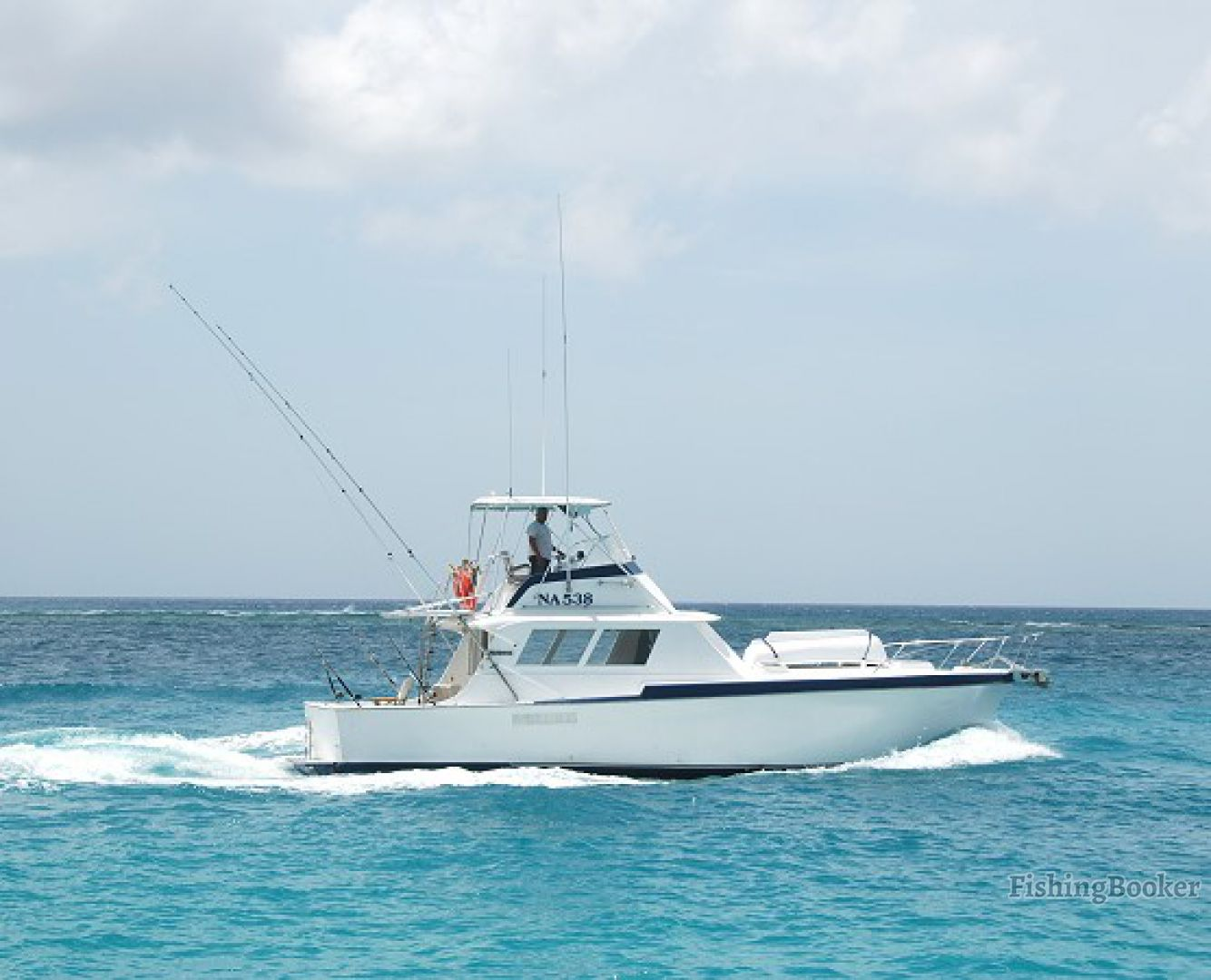 Mahi mahi 42 hatteras oranjestad aruba for Offshore fishing boats
