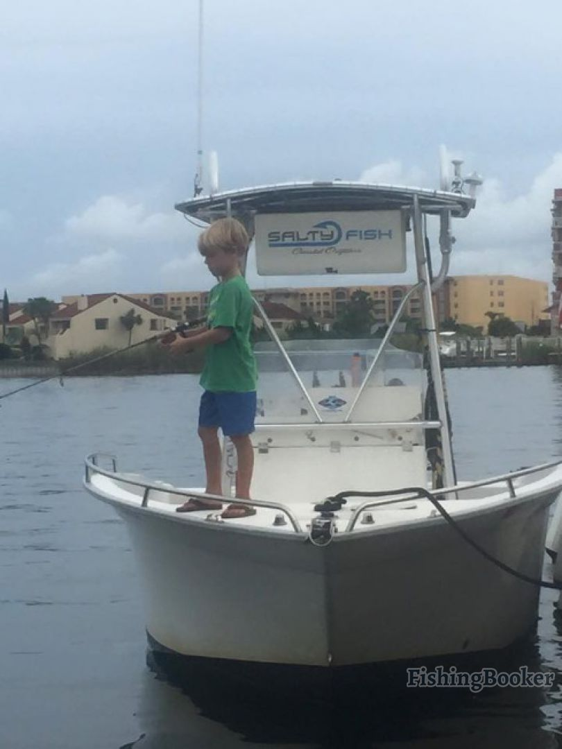 Salty fish coastal outfitters fort walton beach florida for Fort walton beach fishing charters