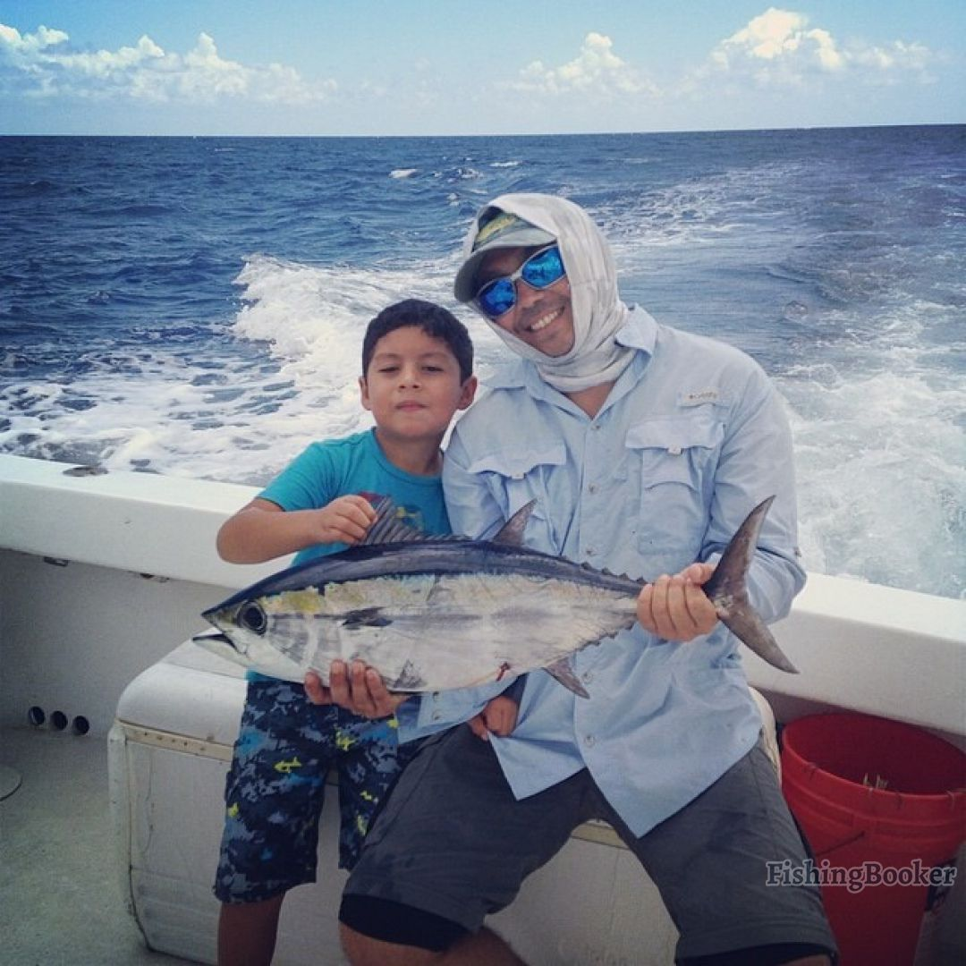 Aquadventures 30 grand slam cozumel mexico for Cozumel fishing charters