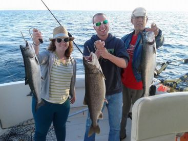 Hooked Sportfishing Charters, Frankfort
