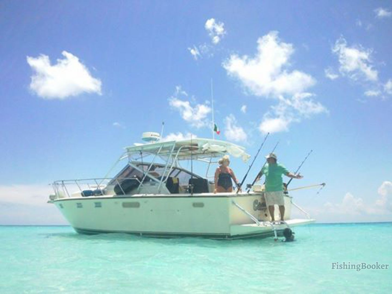 Bandida fishing 32 tiara cozumel mexico for Cozumel fishing charters