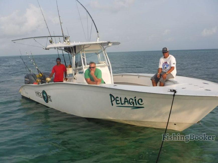 Top 10 fishing charters in belize fishingbooker for Belize fishing charters