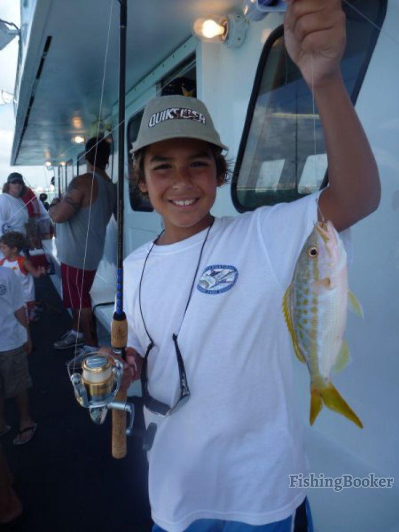 Miami winter fishing report miami fishing report for Reward fishing fleet