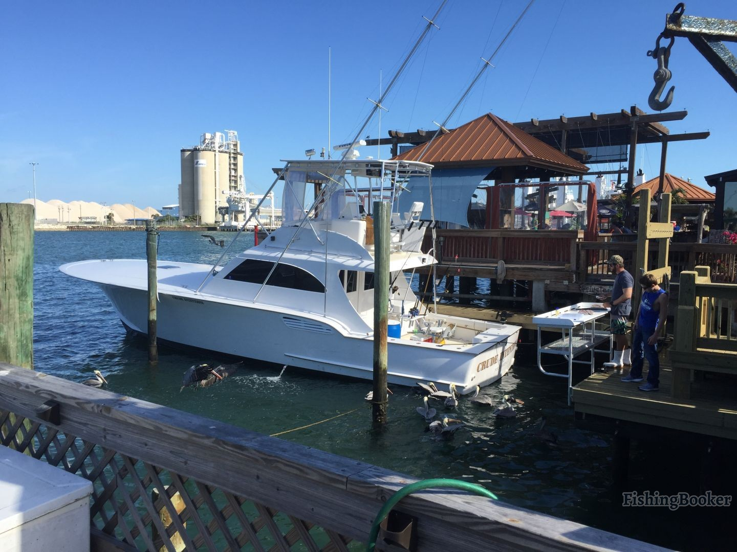 Cocoa beach sportfishing 33 ft cape canaveral florida for Cape canaveral fishing